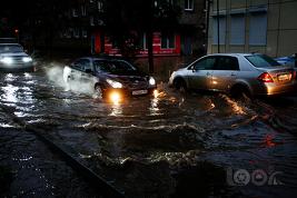Тайфун Sanba бушует во Владивостоке