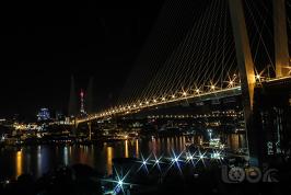 Золотой мост ночью
